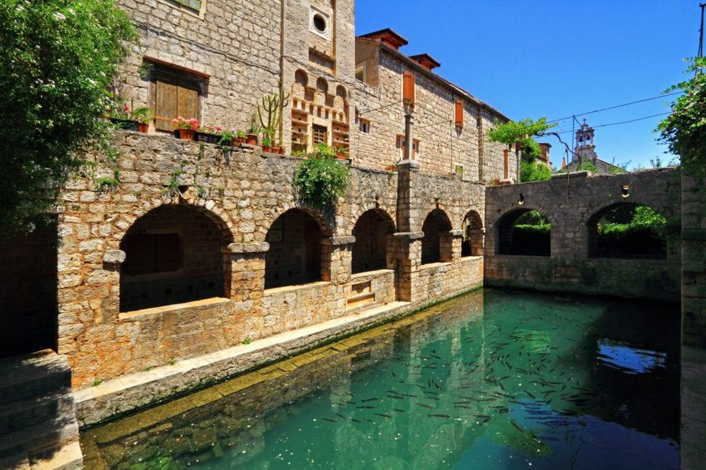 Stari Grad tvrdalj
