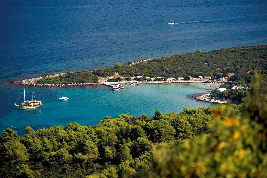Camping on Hvar Camp Mlaska
